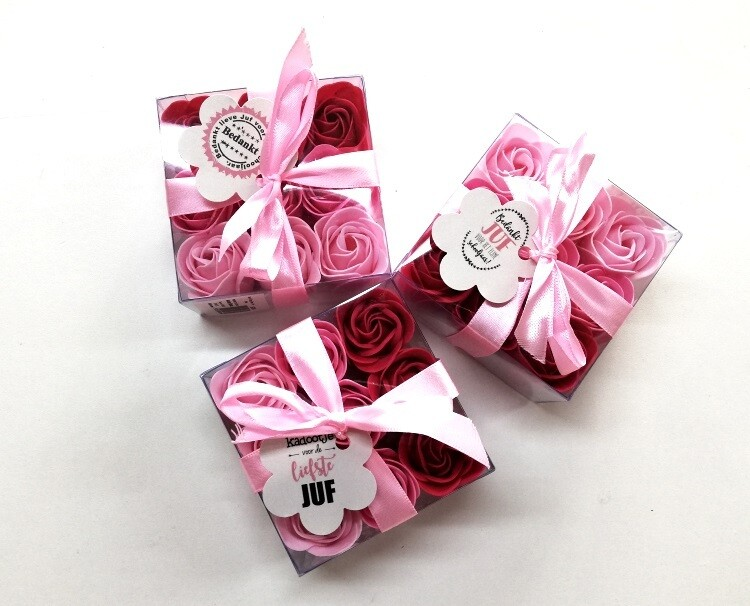 SmellieSoap - Roses