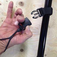 Wrist paddle leash
