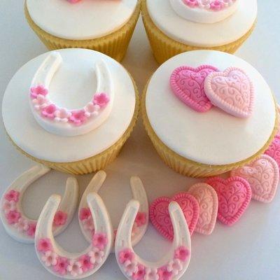 Pink Sugar Hearts & Horseshoes