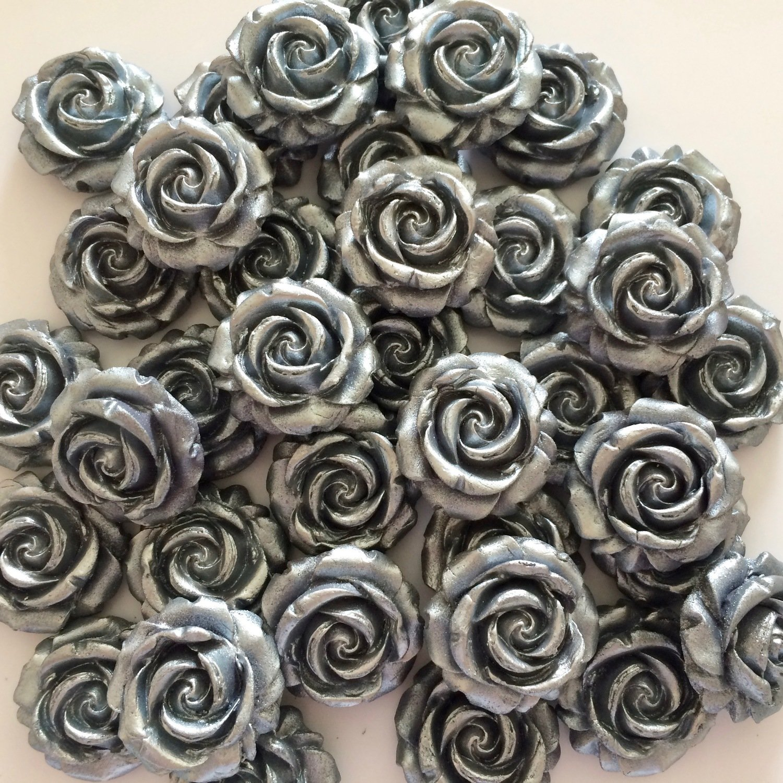 Silver Sugar Roses