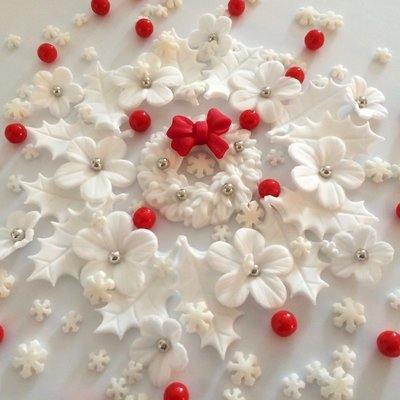 White Christmas Wreath Bouquet