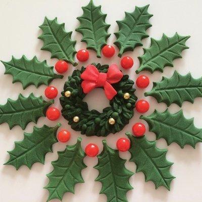 Green Sugar Holly Wreath