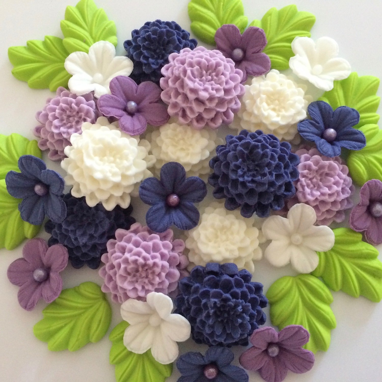 Purple Lilac & Cream Chrysanthemums
