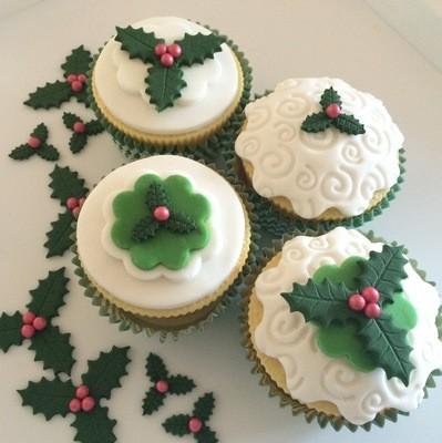 Cupcake Holly