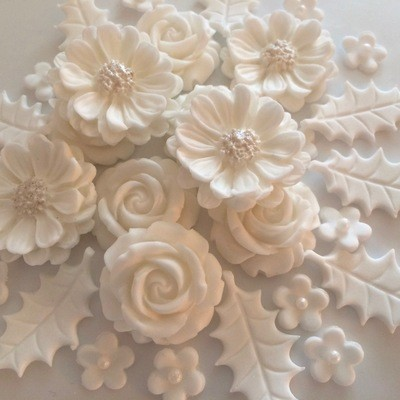 White Christmas Rose Bouquet