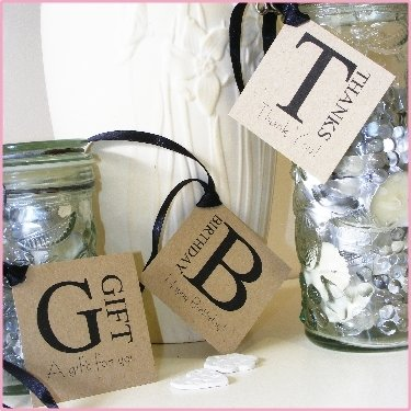 10cm Square Gift Tag. 'Thanks', 'Birthday' or 'Gift'