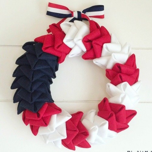 Patriotic Felt Wreath Kit