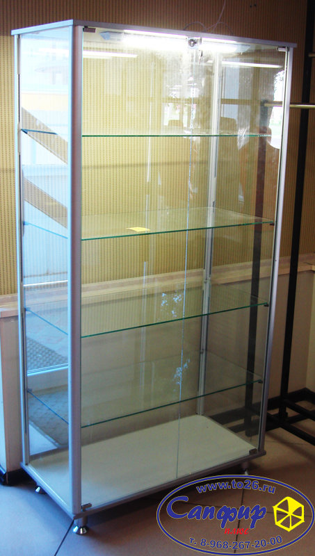 Витрина стеклянная с алюминиевым профилем 90х45 см.