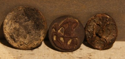 3/3 - PRICED REDUCED 30% - THE SIEGE OF PETERSBURG - Three Buttons - Decorated Flat Button, Unusual Two Piece and Navy Face