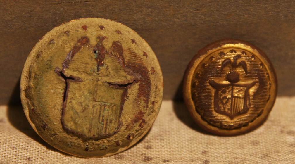 JUST ADDED ON 6/19 - THE SIEGE OF PETERSBURG - New York Coat Button Face and New York Vest/Cuff Button