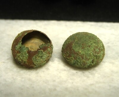 JUST ADDED ON 9/5 - DUNKER CHURCH / THE BATTLE OF ANTIETAM - Two Zouave / Ball Cuff Buttons
