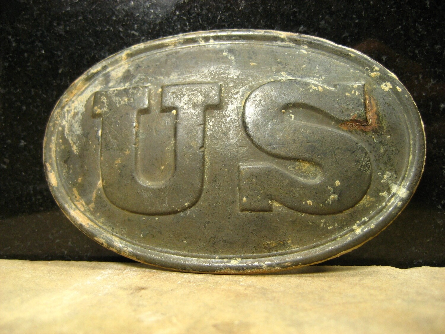 JUST ADDED ON 9/5 - GETTYSBURG - DEVIL'S DEN AREA - ROSENSTEEL FAMILY - Very Nice U.S. Box Plate with One Hook Remaining