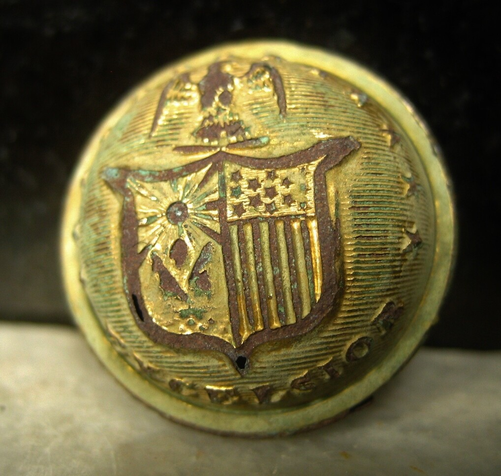 JUST ADDED ON 10/23 - THE BATTLE OF GETTYSBURG  / DEVIL'S DEN /ROSENSTEEL COLLECTION - New York Coat Button