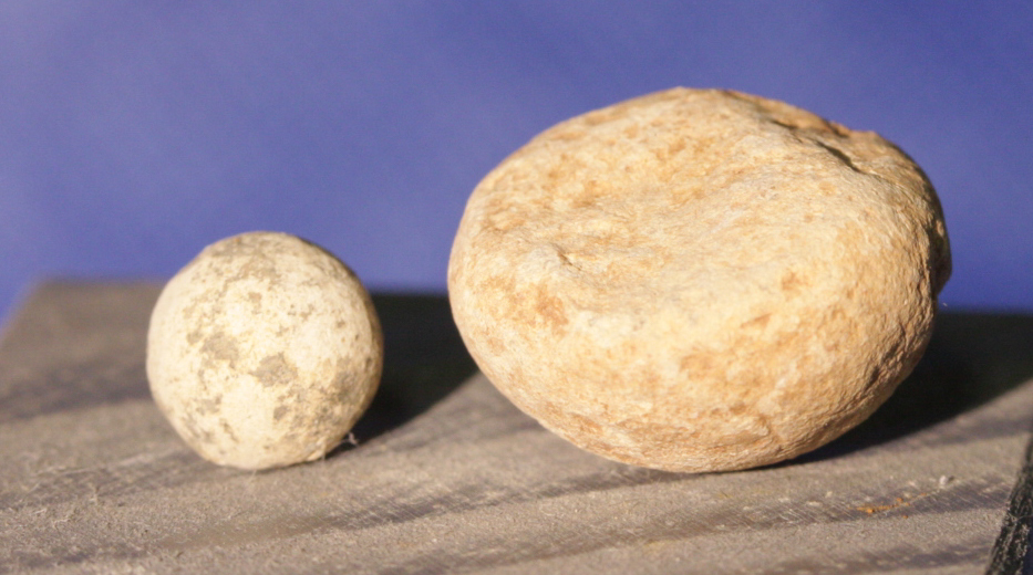 JUST ADDED ON 1/12 - GETTYSBURG / SOUTH CAROLINA CAMP / CHAMBERSBURG PIKE - Soldier Carved Round Ball & Buck Shot GR-CPSC13