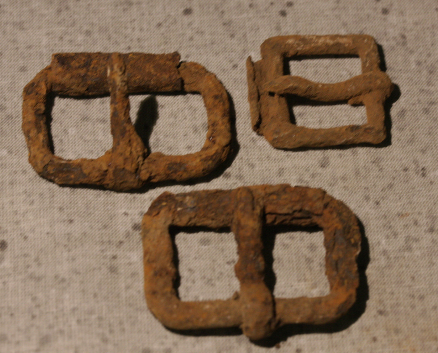 JUST ADDED ON 11/15 - CULPEPER, VIRGINIA - Three Roller Buckles WB-CLP08