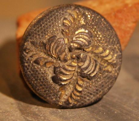 JUST ADDED ON 1/16 - GETTYSBURG RETREAT / THE BATTLE OF MONTEREY PASS - Nice One Piece Flower Cuff Button