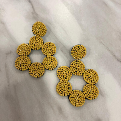 Yellow Daisy Beaded Earrings