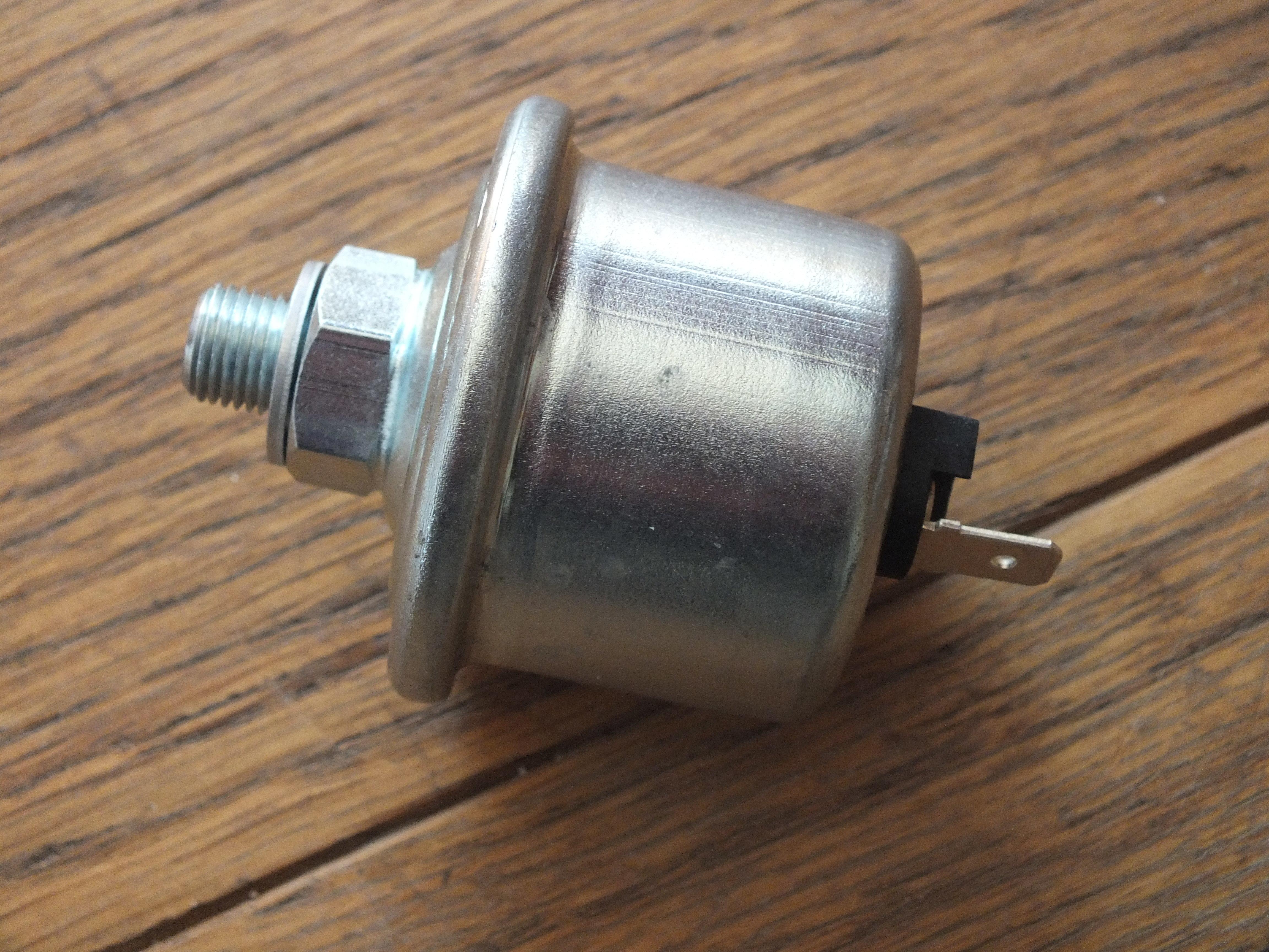Oil Pressure Gauge Sender Murena 1.6, 2.2, and 205 T-16 01134