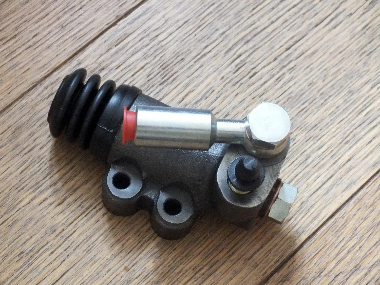 Clutch Slave Cylinder M530