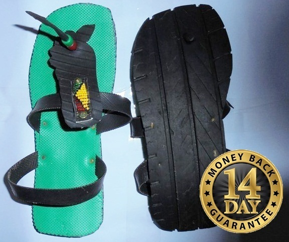 Green Masai beaded tire sandal with hooked extension(U.S SIZE 11.0 UNISEX)