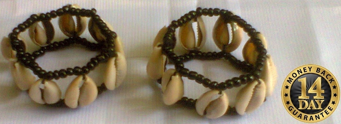 Masai cowrie shells beads bracelet