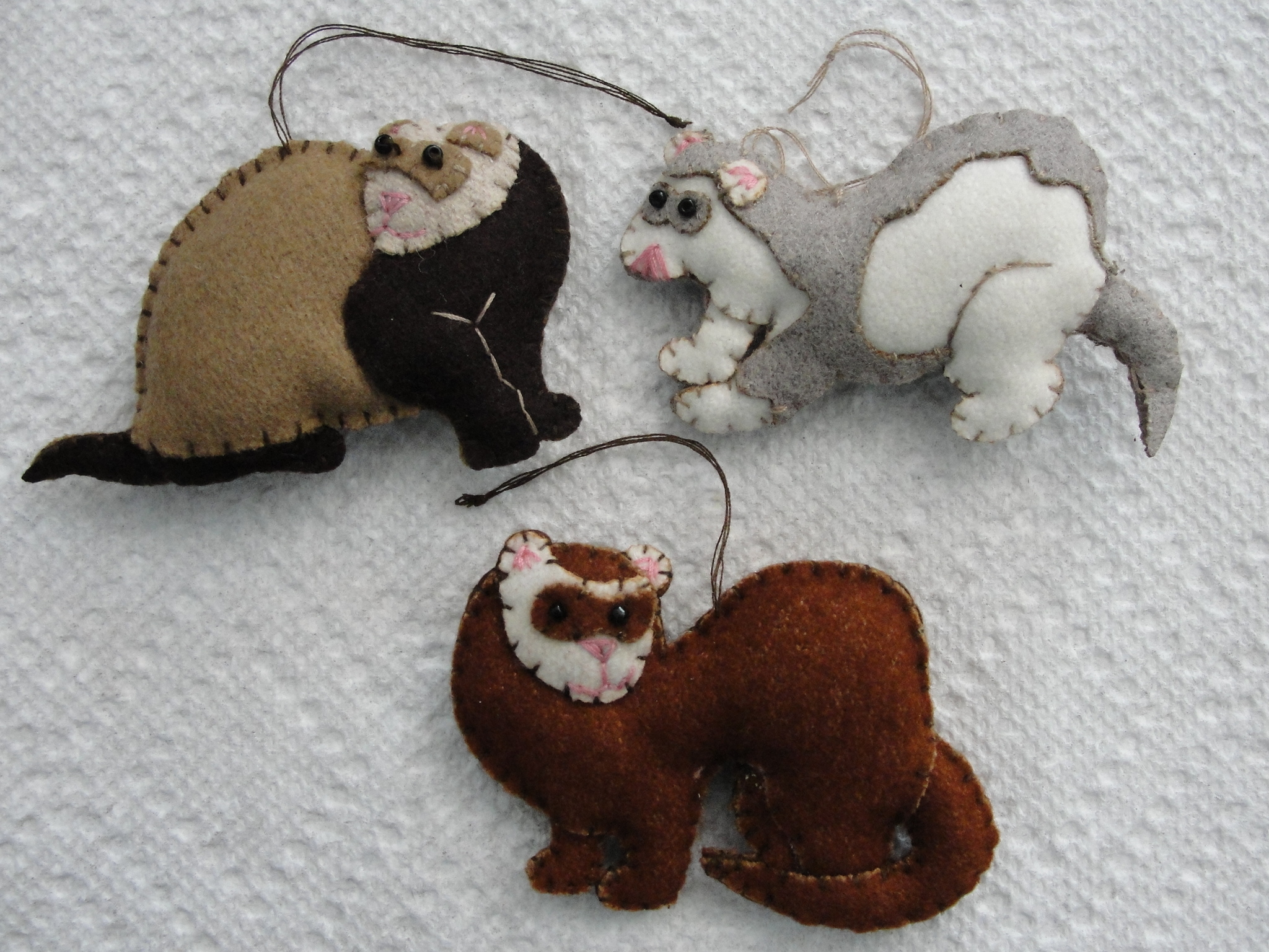 Ferret Ornaments FACT-FELT-3