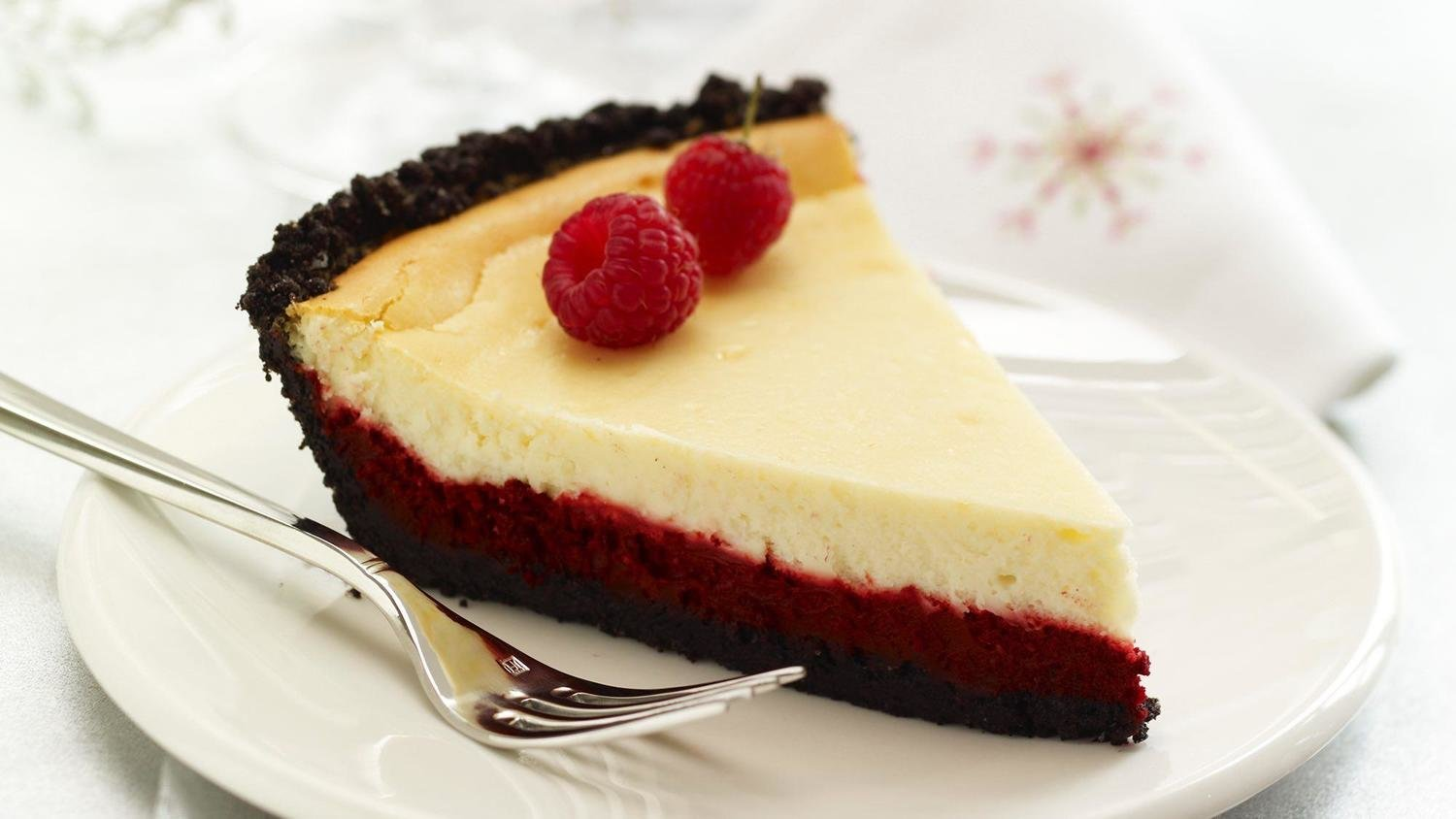 Pastry Passions Cakes (Slices) Red Velvet Cheese Cake