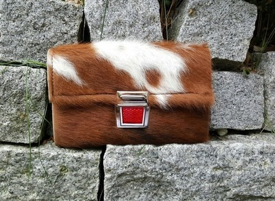 KUHIE®, Clutch aus Kuhfell