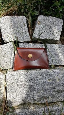 KUHIE® LeatherArt - Geldbeutelchen aus cognacfarbenem Leder