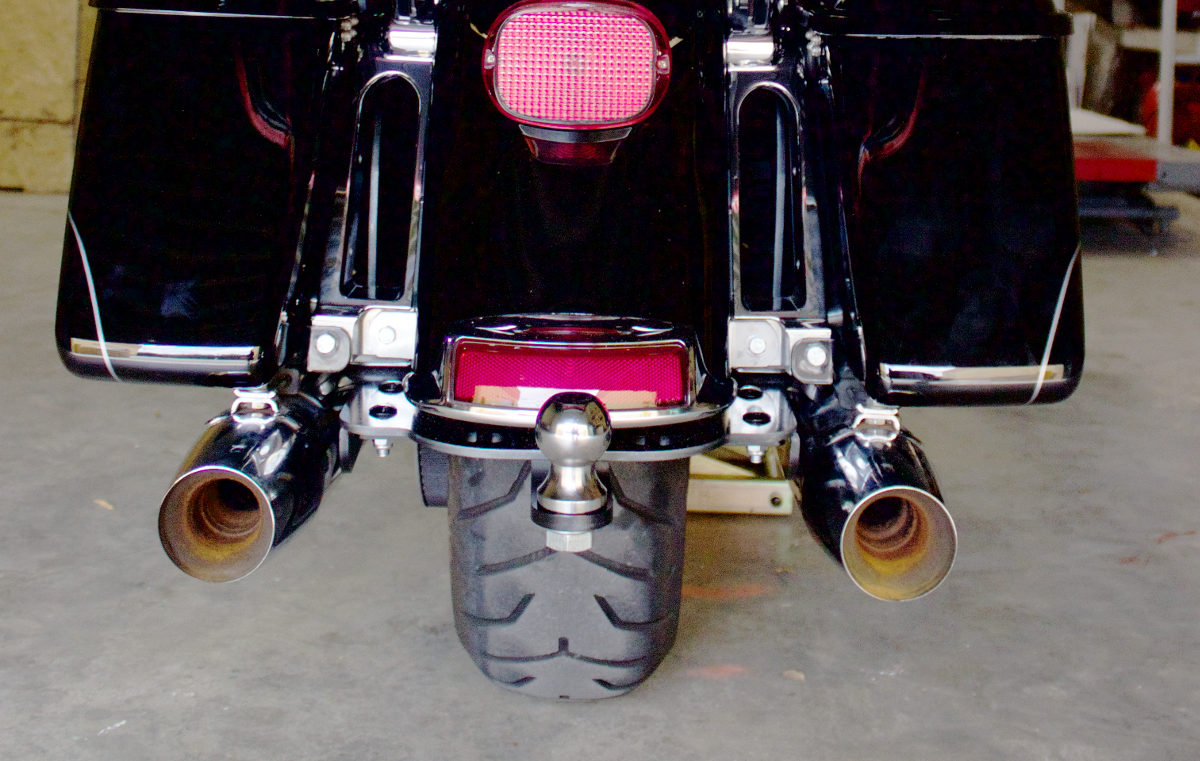Harley FLH Hitch 2014 - Present