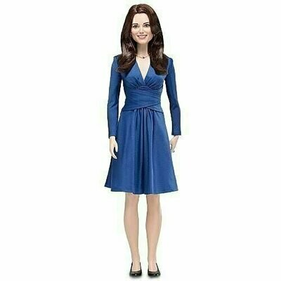 Franklin Mint - Kate Middleton Royal Engagement Vinyl Portrait Doll