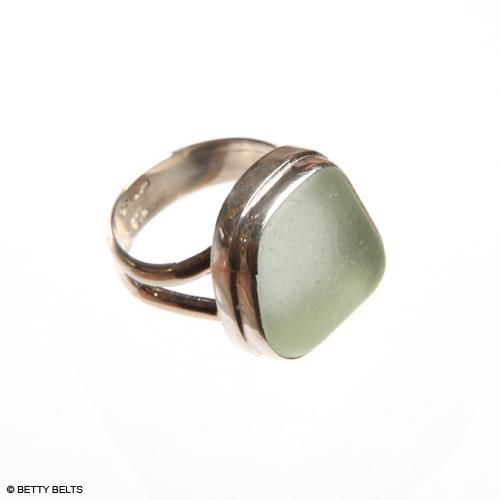 CLASSIC Double Bezel, Double Band Sea Glass Ring in sea foam