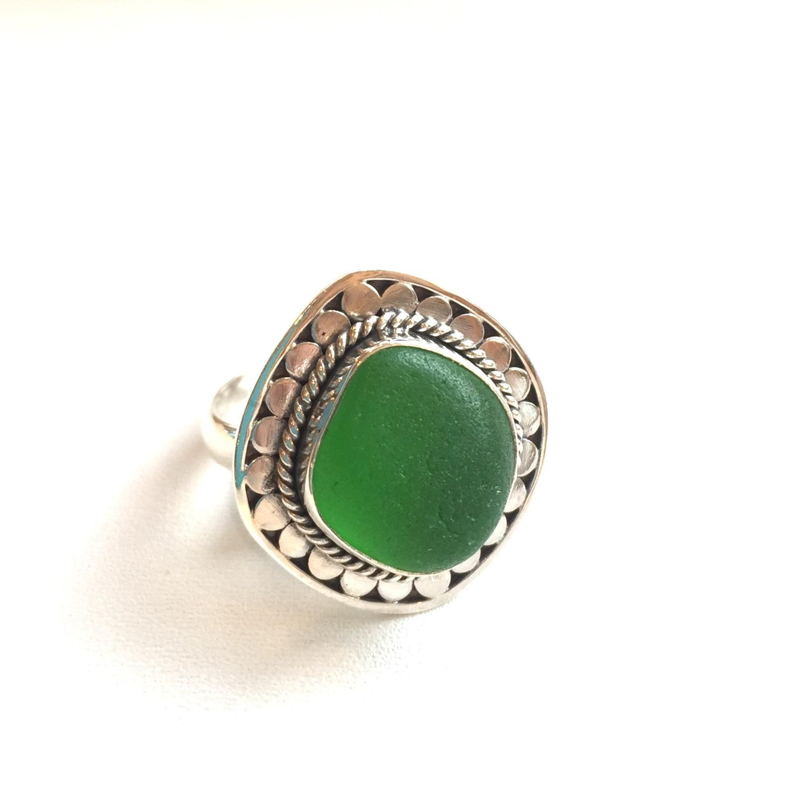 Cayden sea glass ring in kelly green