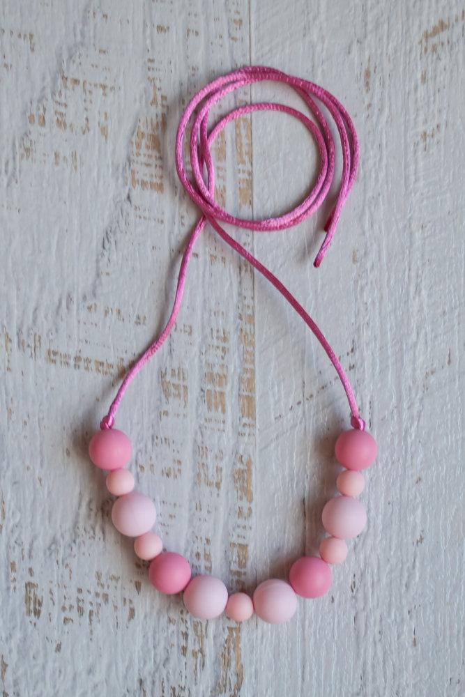 Слингобусы  pink с силиконовыми бусинами
