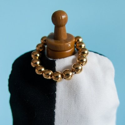 Ring Necklace: Golden round