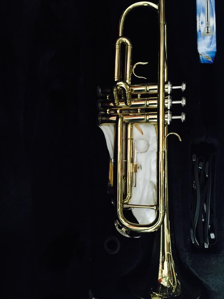 Trompeta Vitale del Souno Laqueada c/estuche