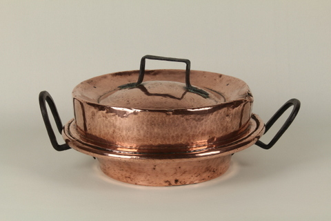 Hand-Hammered Cake Pan (Tourtiere) with unusual lid 0178