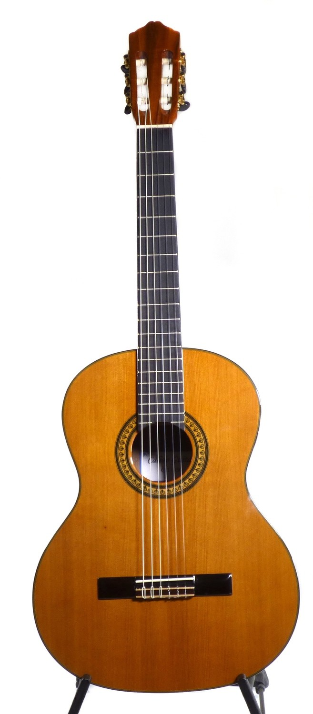 Calido CG 1450 - Classical Guitar - Solid Cedar top, Koa Back/Sides