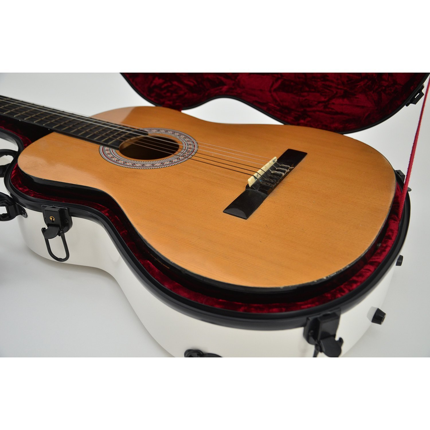 Great fit for classical guitars