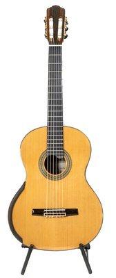 Calido Soloist - All Solid Wood - Cedar Top, Bubinga Back/Sides - Advanced Classical Guitar