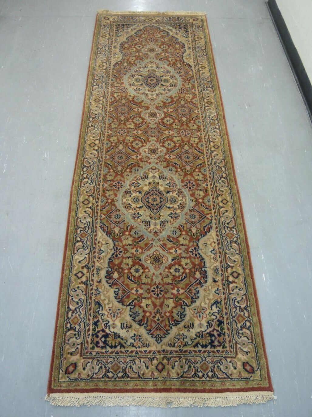Indian Chakhari Runner 8' Rust/Cream