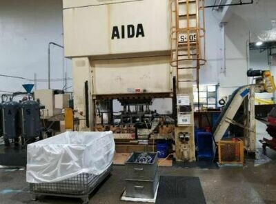 330 Ton Capacity Aida Straight Side Press For Sale