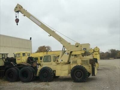 28,000 lb Capacity Grove Rough Terrain Mobile Crane For Sale