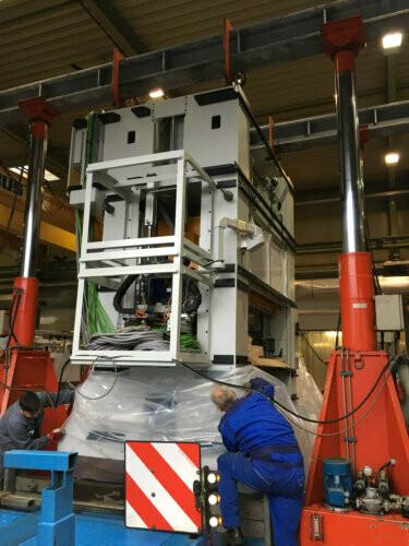 220 Ton Capacity Enerpac Hydraulic Gantry Crane For Sale