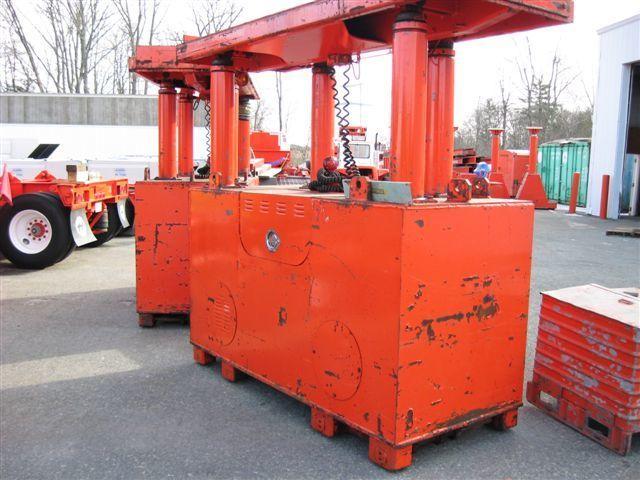 200 Ton Riggers Hydraulic Gantry Crane For Sale
