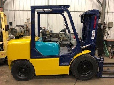 8,000lb. Capacity Komatsu Forklift For Sale
