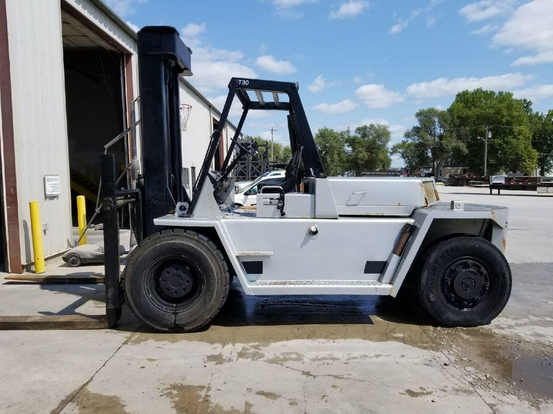 30,000lb CAT V300 Air-Tire Forklift For Sale