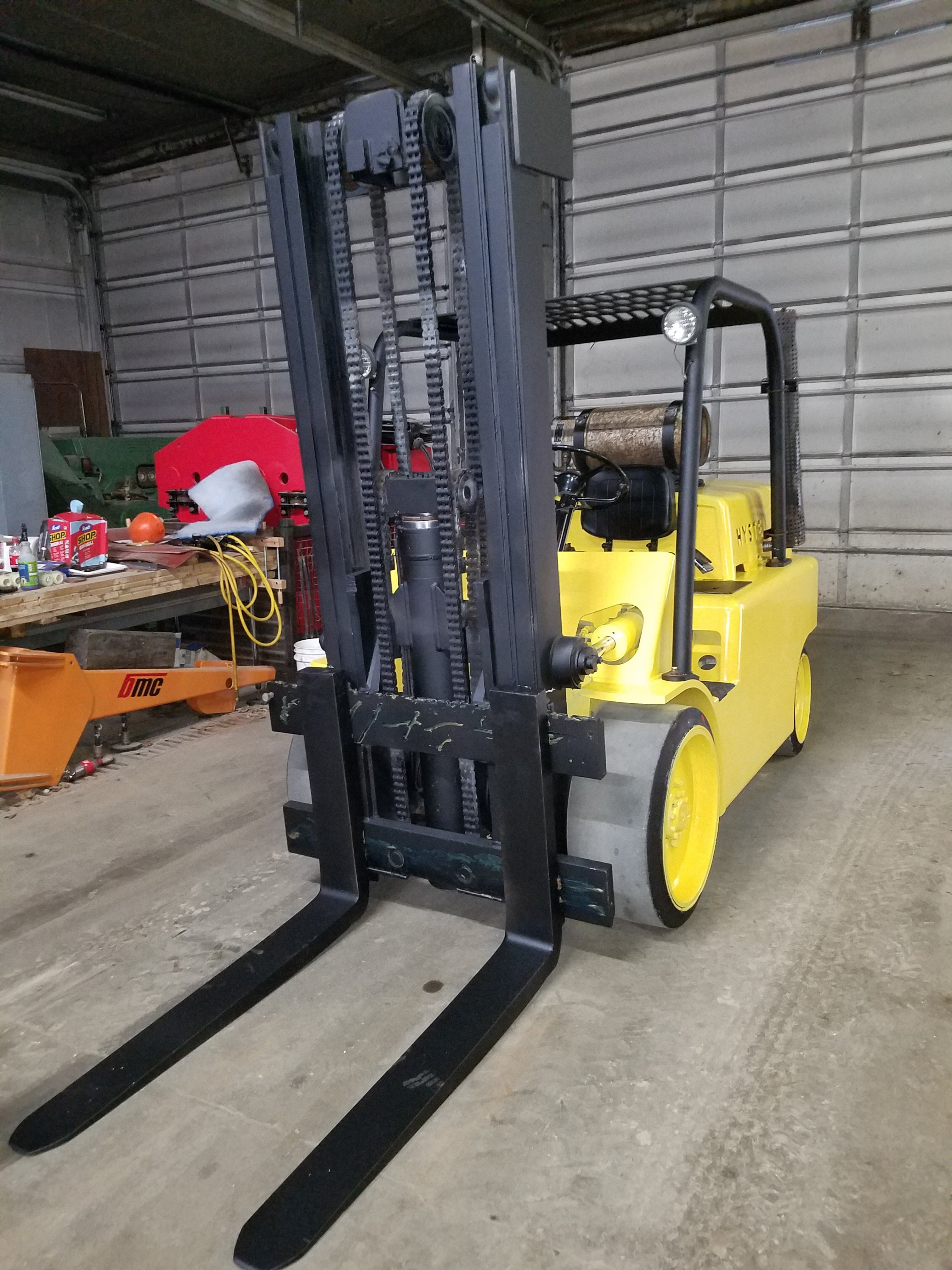 15,000lb. Capacity Hyster S-150 Forklift For Sale