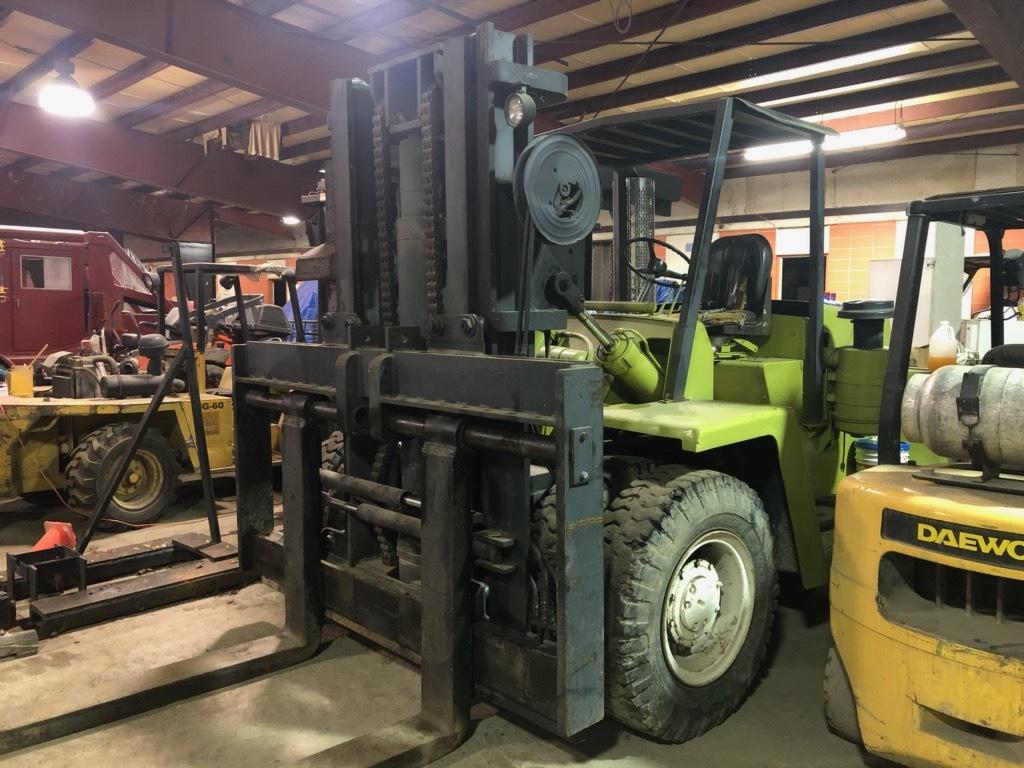 30,000 lb. Capacity Clark Forklift For Sale 30kCapClarkFLFS