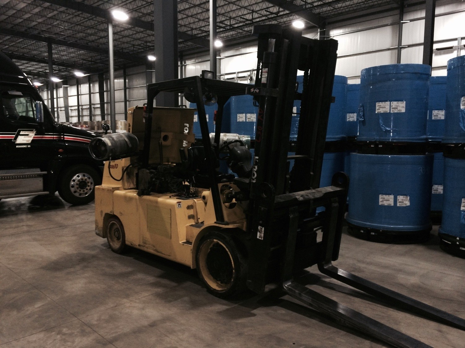 30,000lb Lowry Forklift For Sale